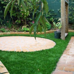Factors to Keep in Mind while Designing Beautiful Landscape Paving