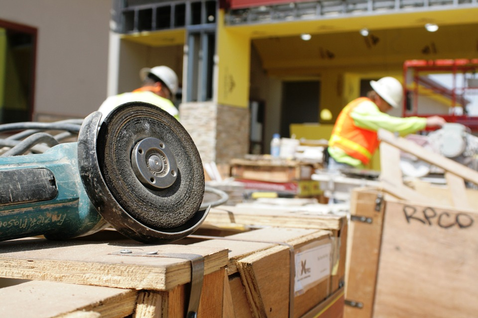 Tips to Help You Find the Right Contractor