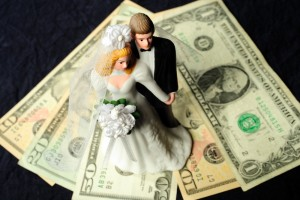 Financial-Mistakes-that-Newlyweds-Make-2